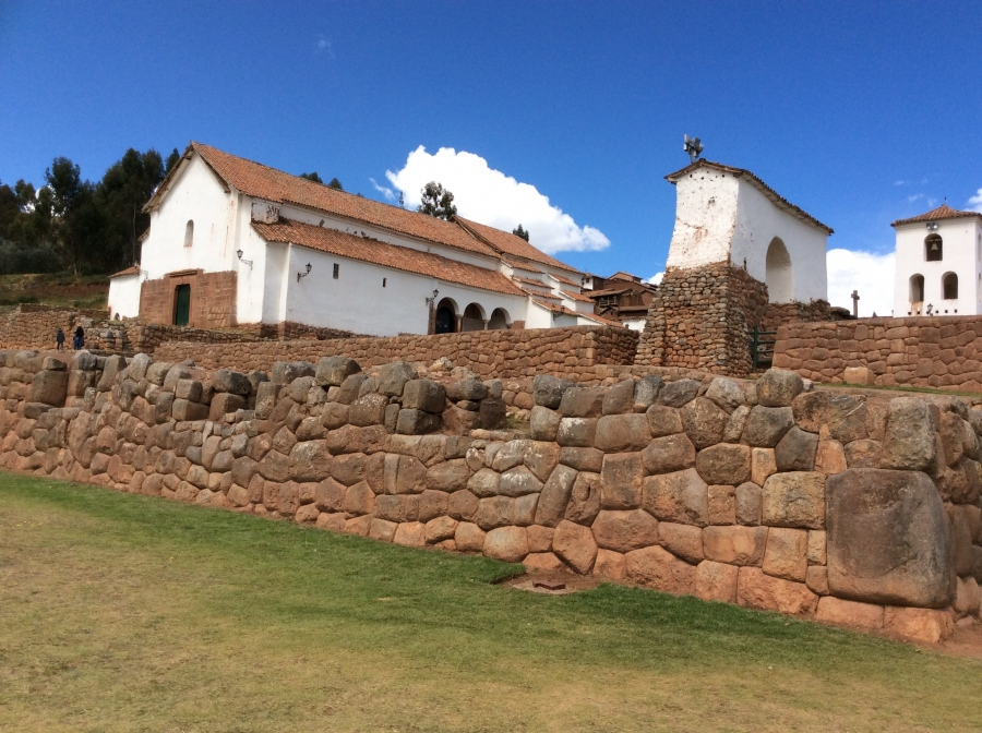 sacred valley tour with Chincheros Inca site
