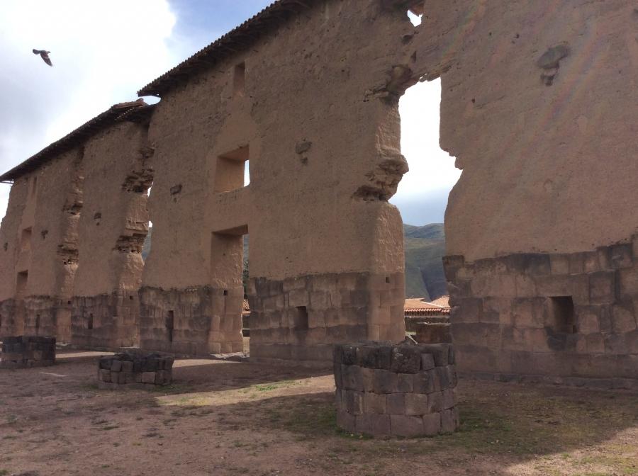 Raqchi the temple of the Incas tour in Peru