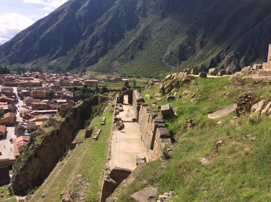 Peru trips with Ollantaytambo Inca site tour