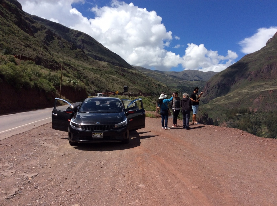 taxi to the sacred valley of the Incas