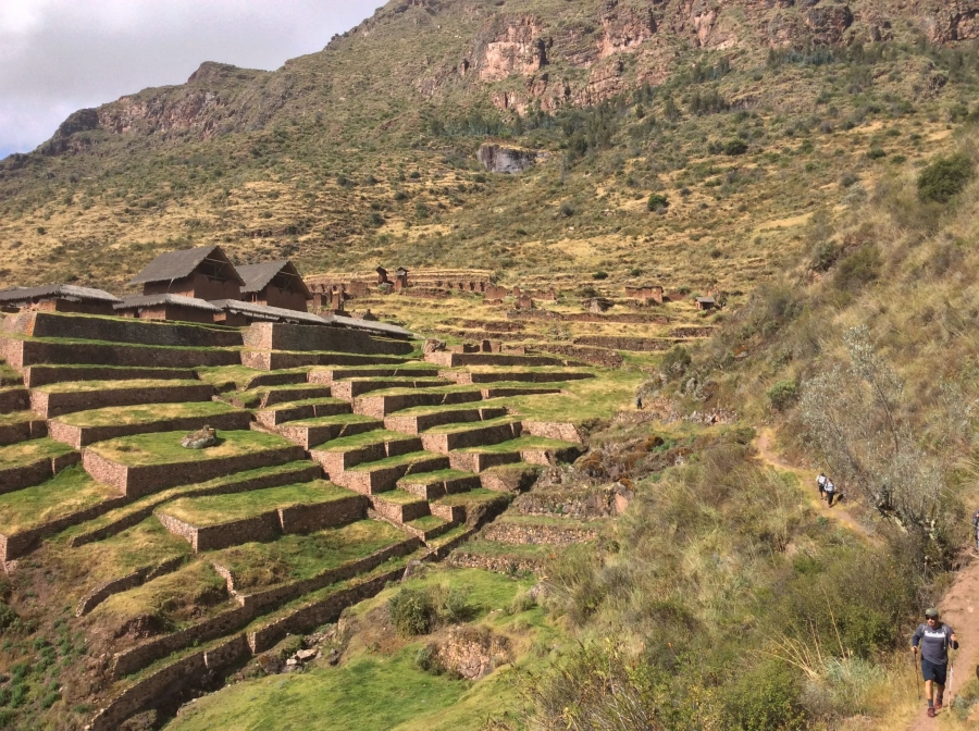 fortress of Huchuy Qoqso for trekking in Peru