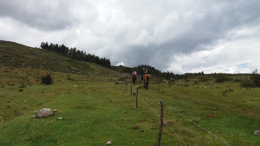 Horseback riding to Huchuy Qosqo trek in Peru