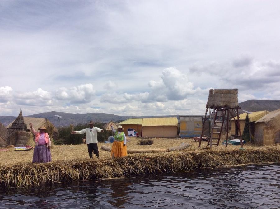 Uros island trou lake Titicaca Puno