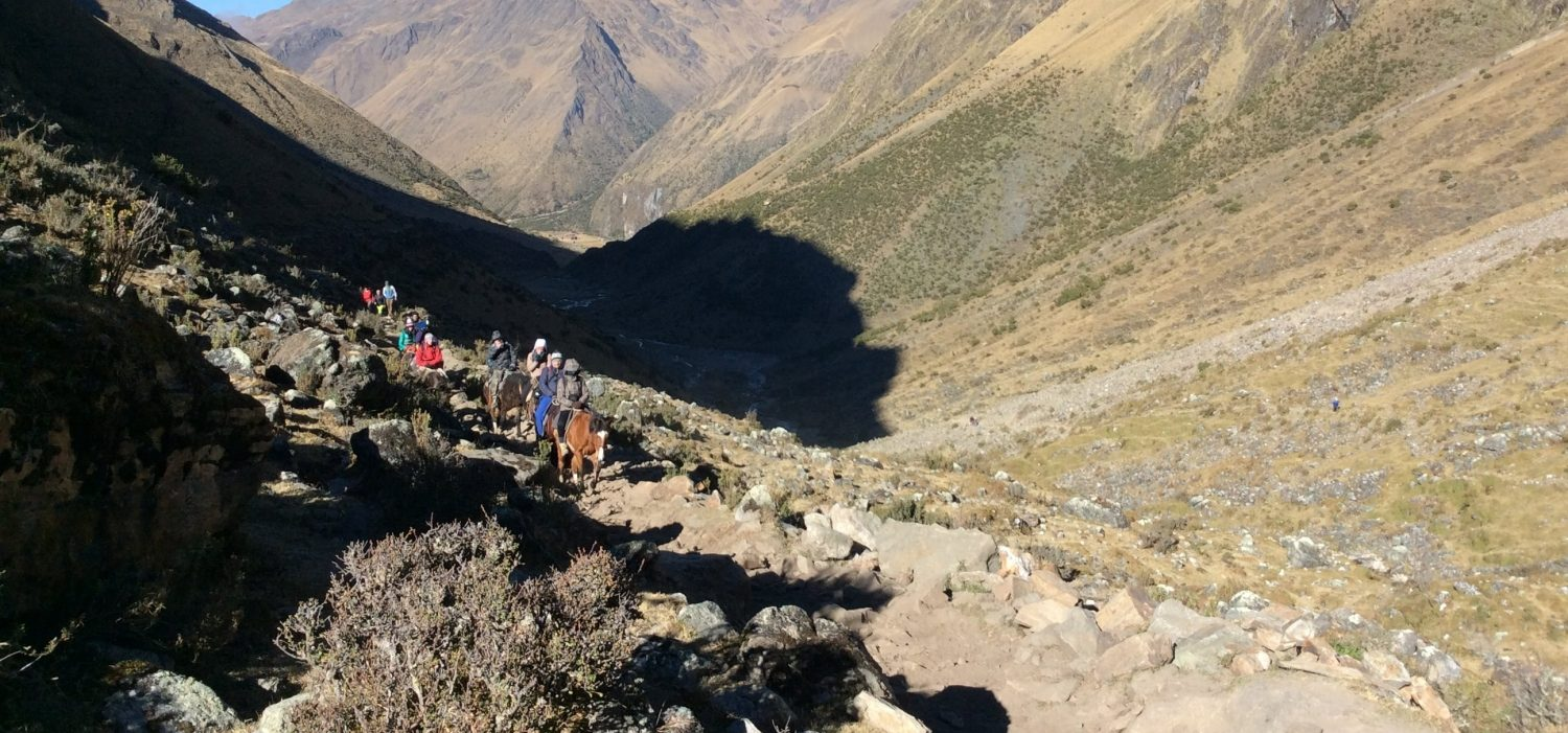 Huchuy Qosqo trek in Peru with horseback riding