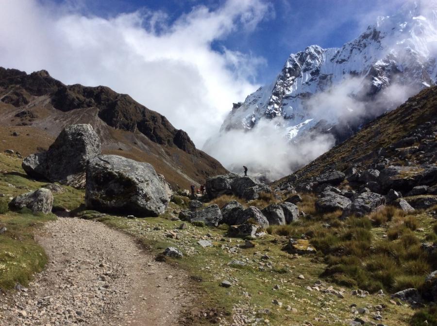trekking adventure trail to Ausangate