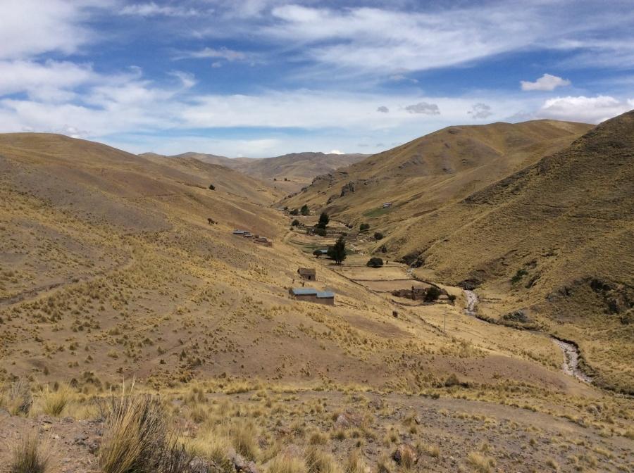 Ancascocha valley trekking to Machupicchu 4 days