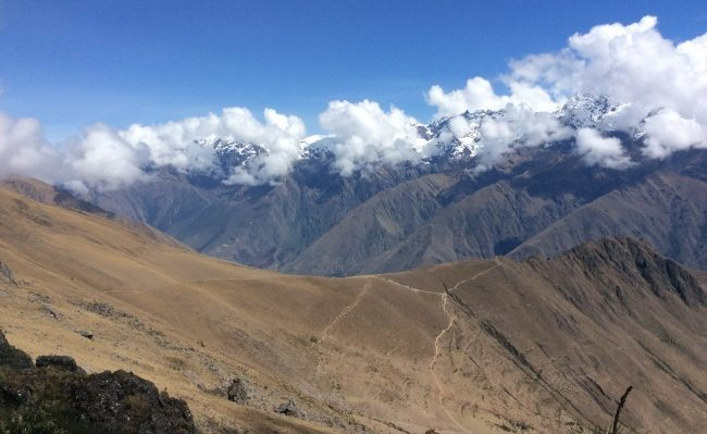 hiking Ancascocha trail to Machupicchu