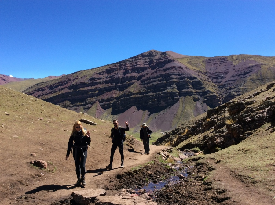 Hiking rainbow mountain trekking 2 days Peru