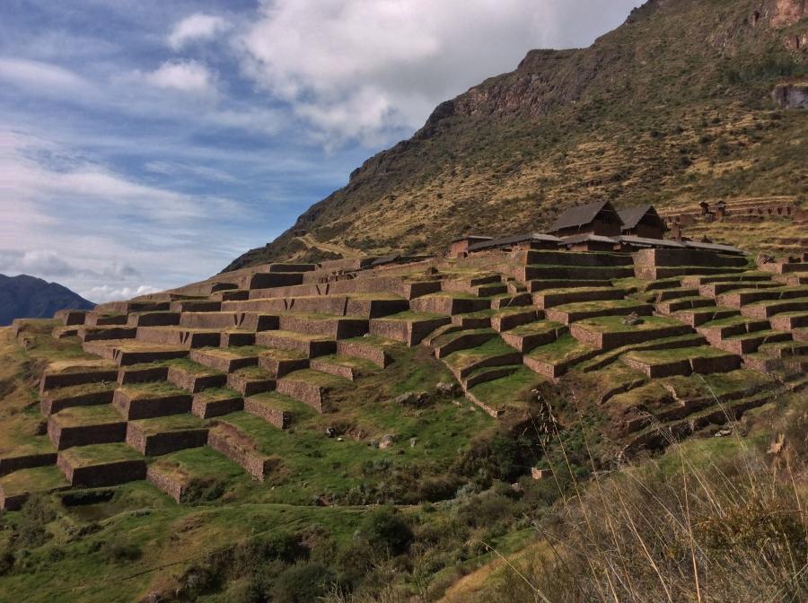 Huchuy Qosqo Inca site tour in Peru