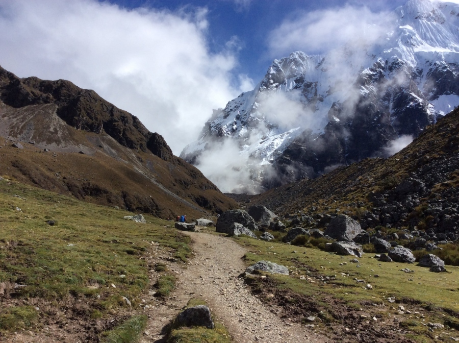 hiking Salkantay trek in 5 days to Machupicchu