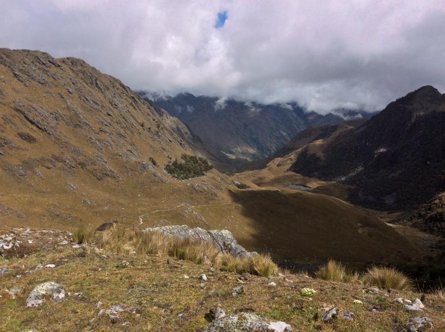 Vilcabamba trail hiking to Machupicchu