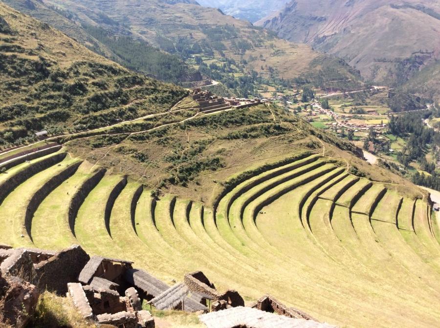 day tour Pisaq Inca site Cusco Peru