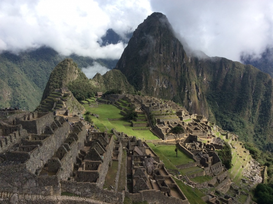 day tour Machupicchu with hiking Huaynapicchu mountain