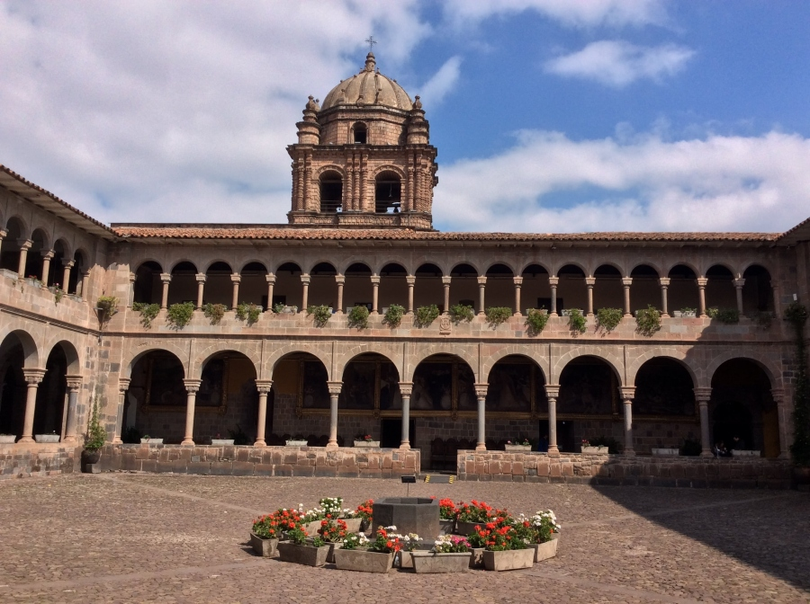 city tour Cusco with Colonial church Peru