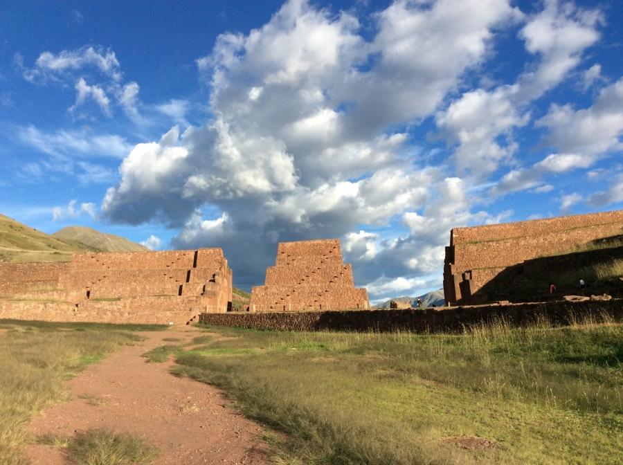 Rumicolca Inca site Peru tour