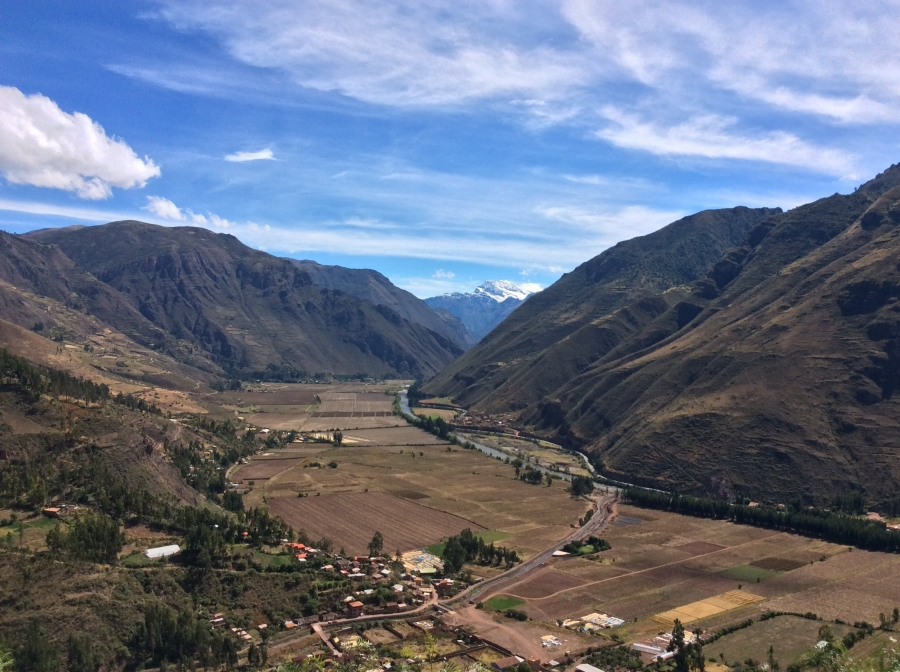 sacred valley tour with pachamama food in Peru