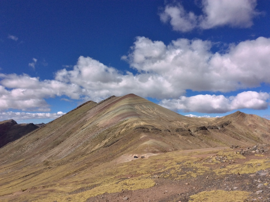 rainbow mountain Palccoyo tour Peru