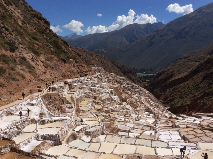 day trekking to salt mine Maras in Peru