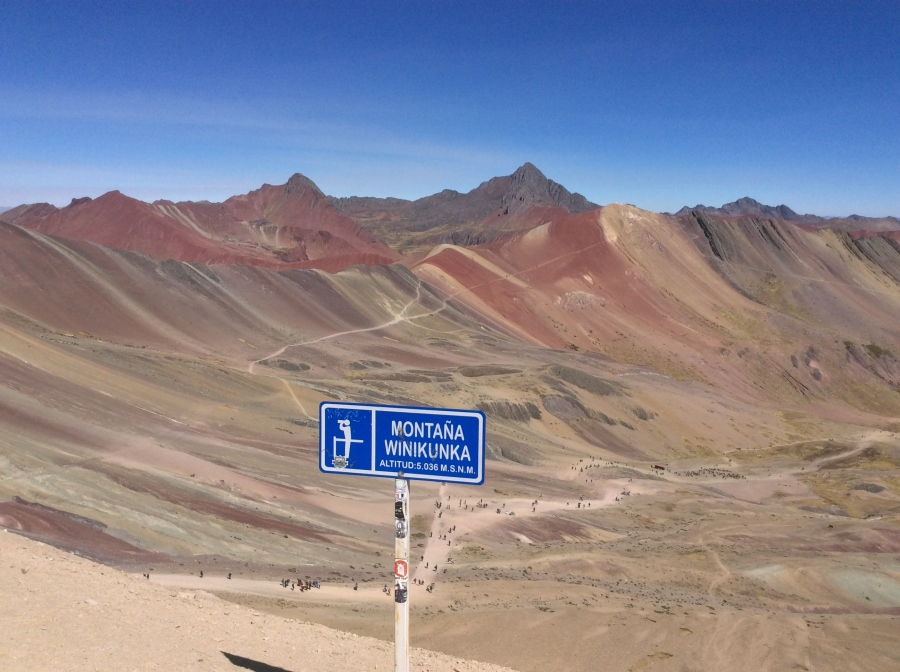 Day tour to Vinicunca rainbow mountain