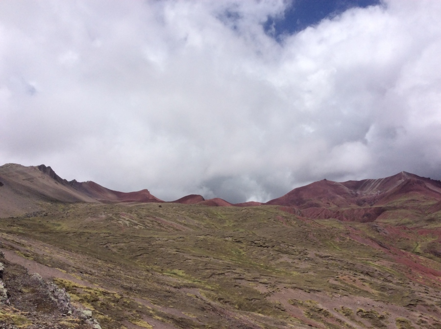 Red valley Peru tours